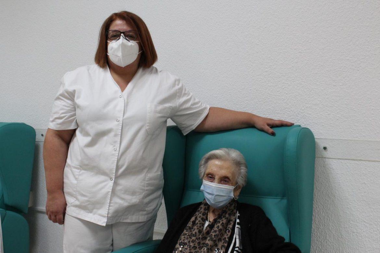 Sanidad inicia la campaña de vacunación frente a la Covid-19 en la provincia de Albacete