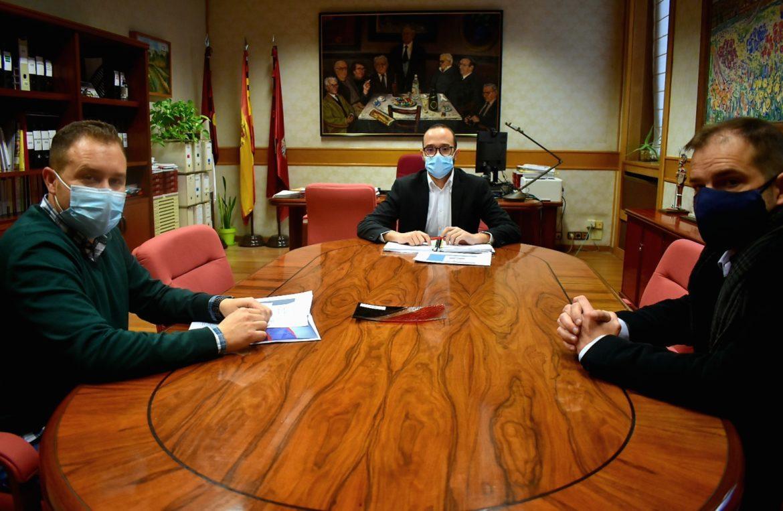 Las Asociaciones 'ARTE' y 'ACOPLE' se reúnen con la Diputación