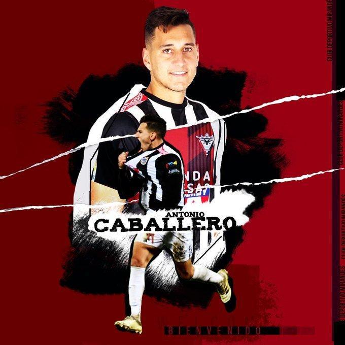 Antonio Caballero muy bien colocado para llegar al Alba