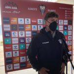 """Alejandro Menéndez: """"Al equipo no le pesa ser último"""""""