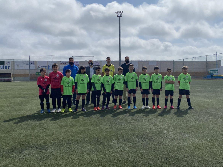 La Liga Globalcaja reunió a los más pequeños en un curso difícil para el fútbol base
