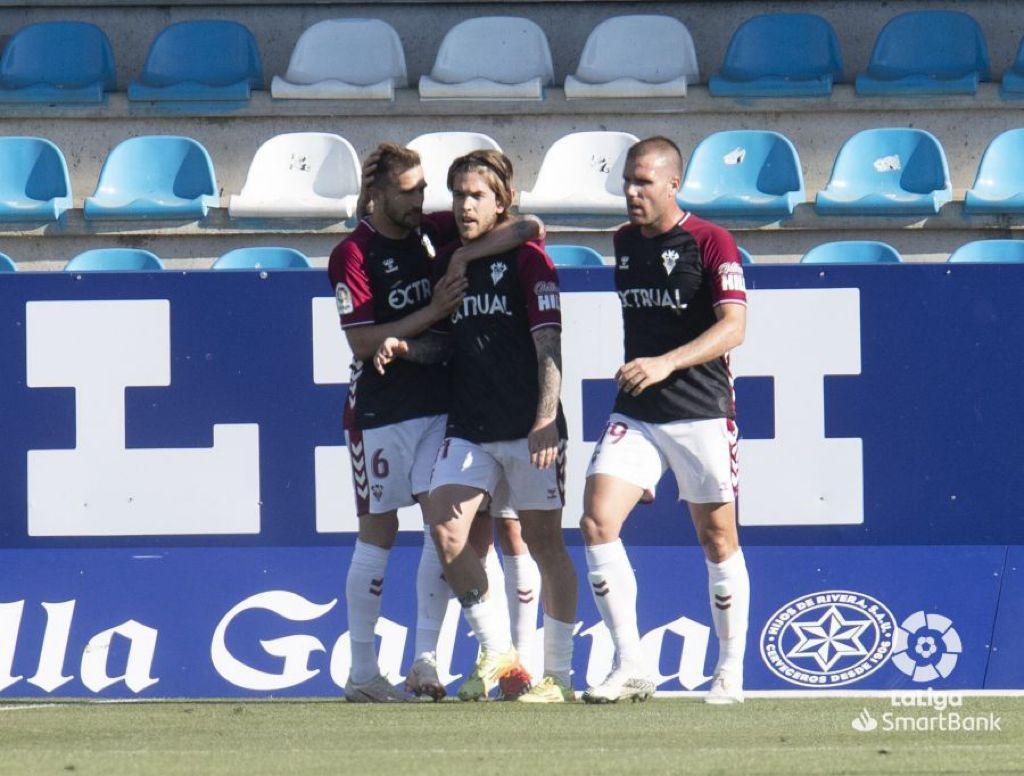 El Albacete se agarra a un salvavidas