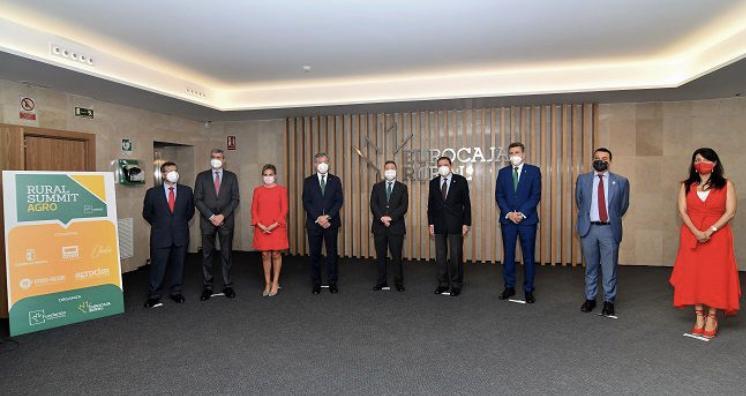 'Rural Summit Agro' escenifica el firme apoyo de Eurocaja Rural por el sector primario, aportando claves en transformación digital y tendencias en nuevas tecnologías
