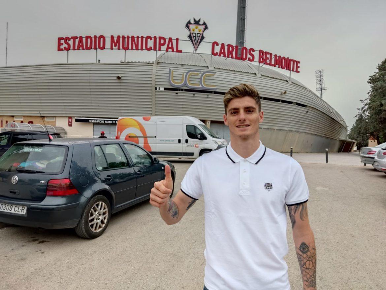"""Eric Montes: """"Fue muy fácil tomar la decisión de venir al Albacete"""""""