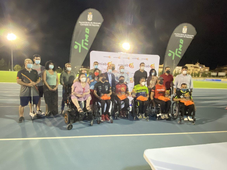 Rafael Botello se exhibe en el primer récord de la hora en atletismo adaptado