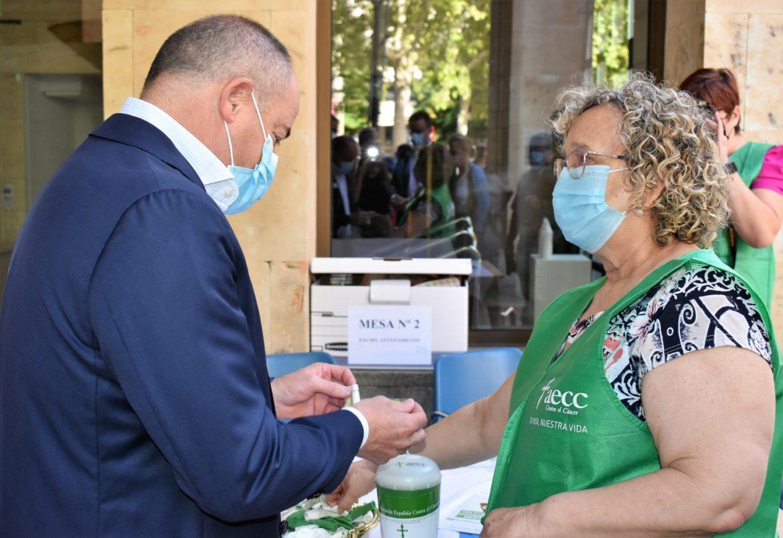 El alcalde de Albacete invita a la ciudadanía a participar en la cuestación de la AECC